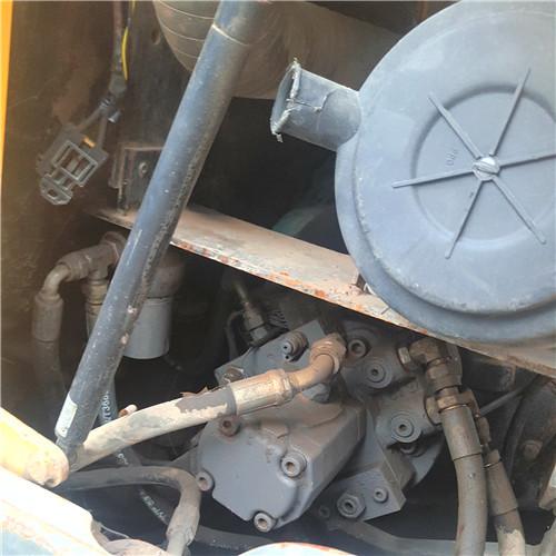沃尔沃60C二手小型挖掘机液压泵