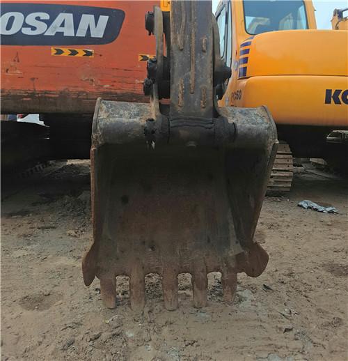 沃尔沃60C二手小型挖掘机挖斗