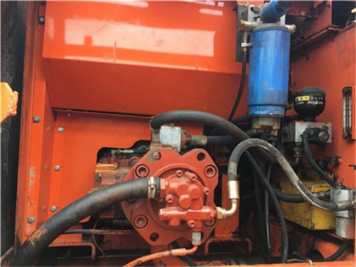斗山DH220-7中型二手挖掘机液压泵