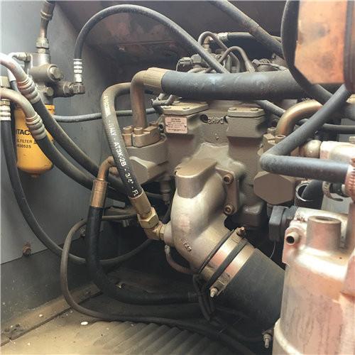 日立ZX240-3中型二手挖掘机液压泵