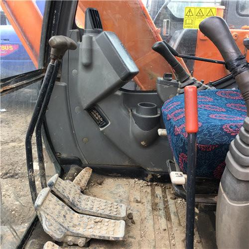 二手日立ZX60小型挖掘机驾驶室