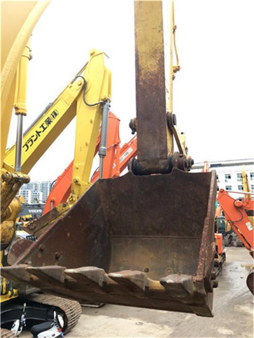 进口小松200-8N1二手挖掘机发动机