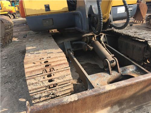 玉柴55-9二手小挖土机正面