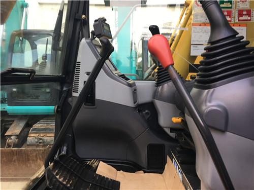 小松PC138US进口二手挖掘机驾驶室