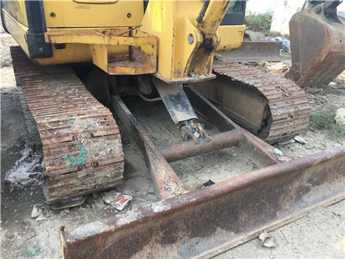 二手小松PC56-7二手小型挖掘机推土铲