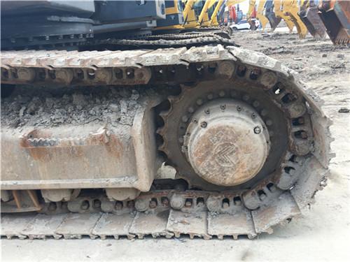 沃尔沃EC460大型二手挖掘机市场履带