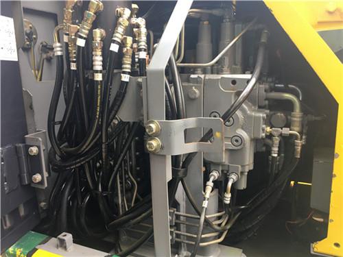 进口日立ZX135二手挖掘机市场油管