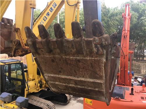 进口日立ZX135二手挖掘机市场挖斗