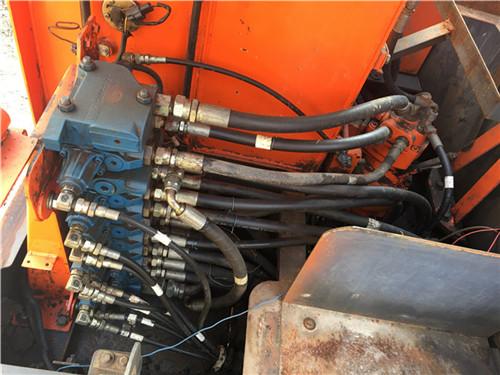 二手斗山DH80-7小型挖掘机转让分配阀