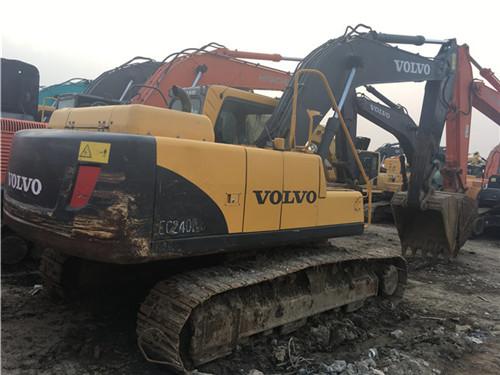 二手挖掘机市场转让沃尔沃EC210BLC图片