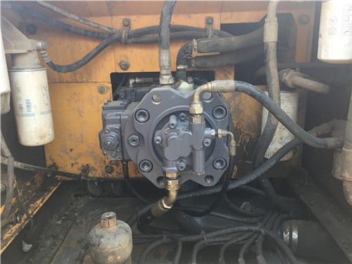 二手挖掘机市场转让沃尔沃EC210BLC液压泵