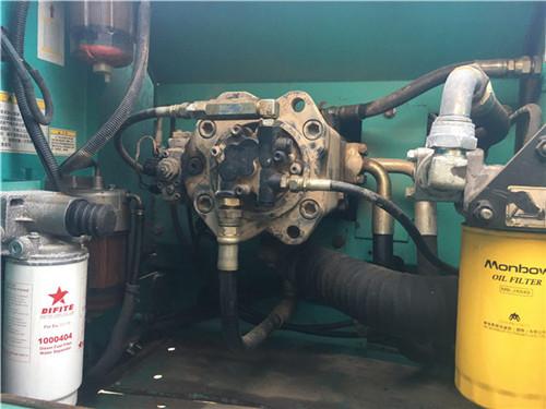 神钢SK200重庆二手挖掘机液压泵