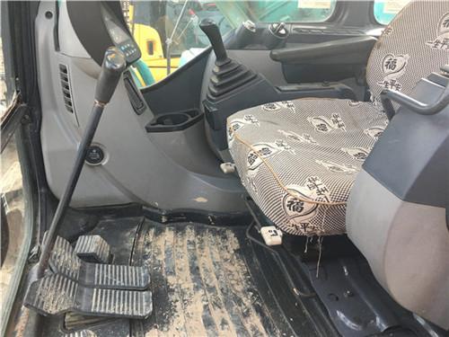 神钢SK200重庆二手挖掘机驾驶室