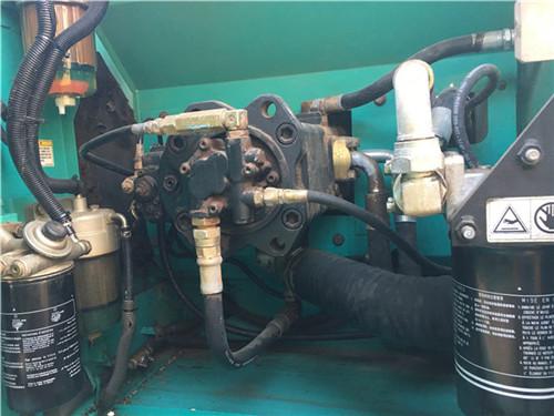 神钢SK200-8二手挖掘机液压泵