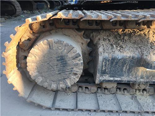 二手卡特323D挖掘机履带