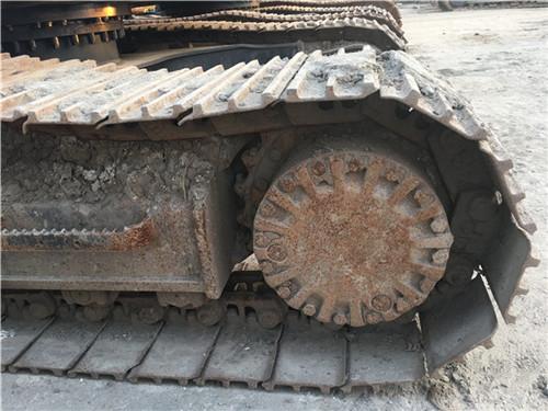 卡特323D个人二手挖掘机履带