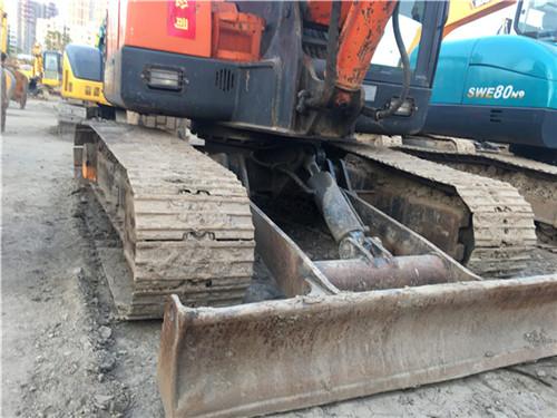 二手斗山DH60小型二手挖掘机推土铲