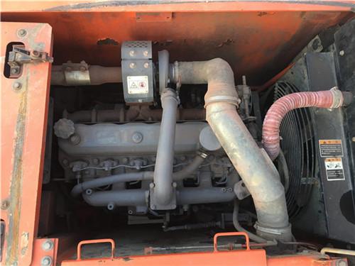 斗山DH150二手挖掘机发动机