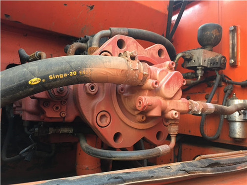 二手斗山DH220挖掘機液壓泵