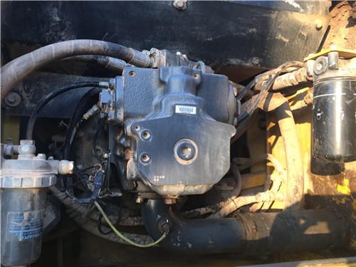 二手小松PC270挖掘机液压泵