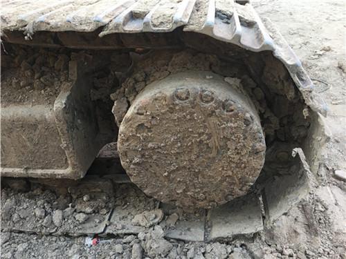二手小松PC270挖掘机履带