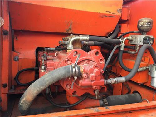 斗山DH225二手挖掘机市场液压泵