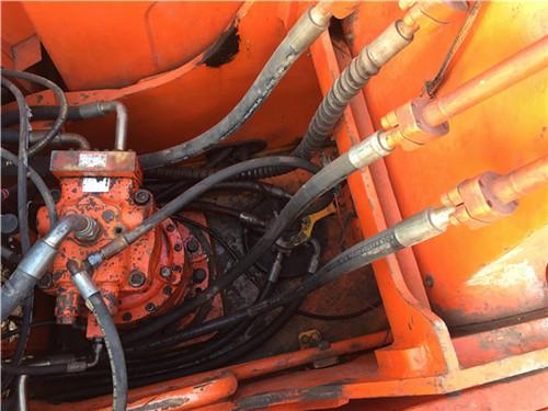 斗山DH225二手挖掘机市场分配器