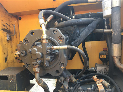 沃尔沃EC290二手挖掘机液压泵图片