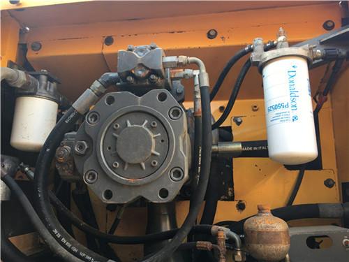 沃尔沃EC360二手挖掘机私人转让液压泵