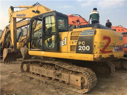 二手小松PC200-8MO挖掘机买卖图片