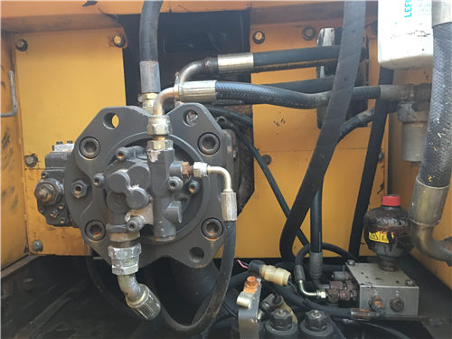 二手沃尔沃EC240挖掘机市场液压泵