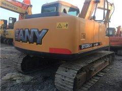 三一SY135二手挖土機
