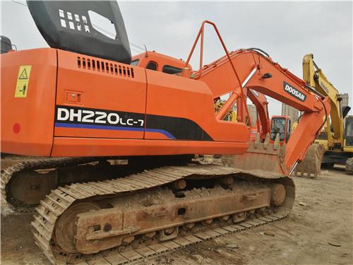 二手斗山DH220-7挖掘机私人出售图片
