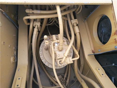 卡特336D大型二手挖掘机出售分配器