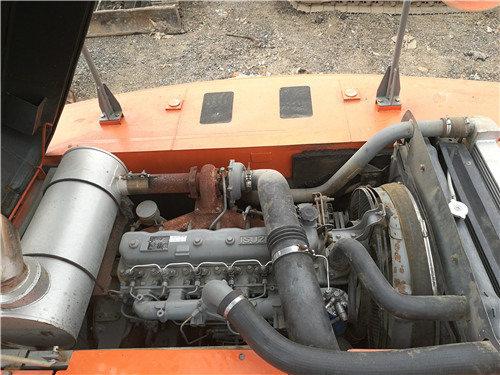 二手日立250-3G挖掘机市场转让发动机
