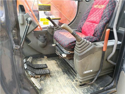 日立ZX250-3G私人二手挖掘机驾驶室
