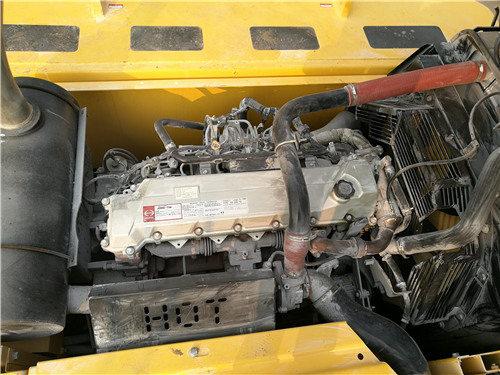 二手神钢SK380D大黄蜂挖掘机发动机