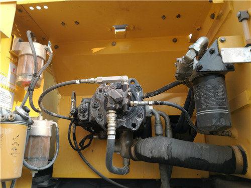 二手神钢SK380D大黄蜂挖掘机分配器