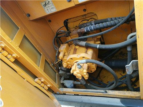 二手现代150挖掘机市场转让信息液压泵