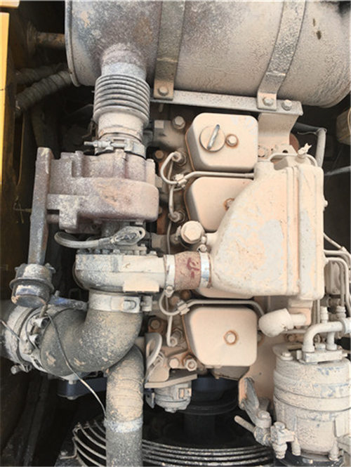 現代200-5二手挖掘機市場出售發動機