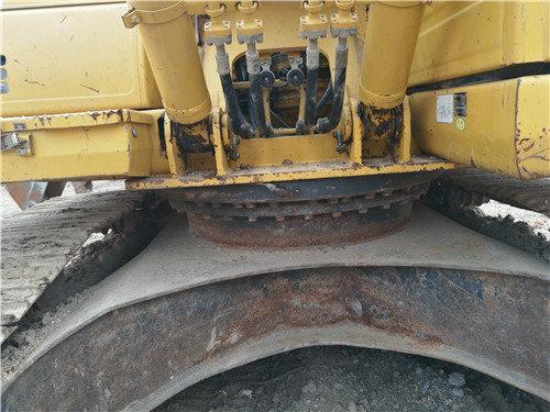 二手小松挖掘机205油电混合动力底盘