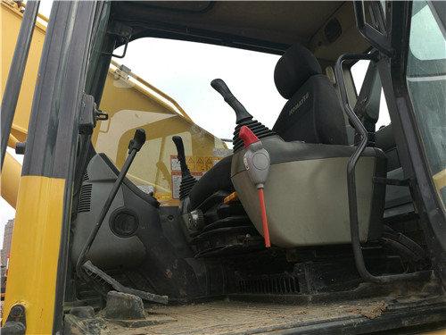 二手小松挖掘机205油电混合动力驾驶室