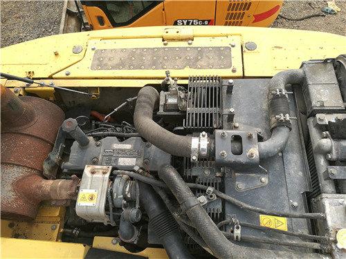 二手小松挖掘机205油电混合动力发动机