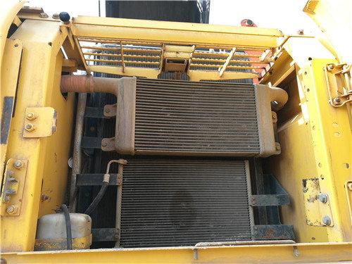 私人二手挖机小松270出售信息冷凝器