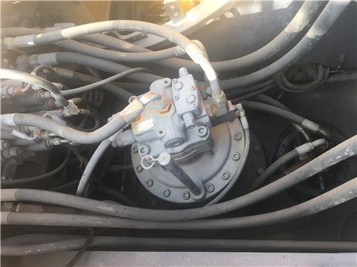 沃尔沃240二手挖掘机出售信息液压泵