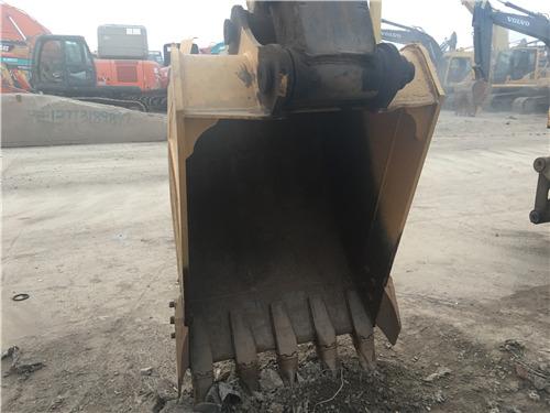 二手小松120-6EO挖掘机市场转让挖斗