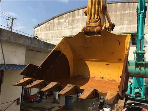 日本纯进口二手小松210-8挖掘机出售挖斗