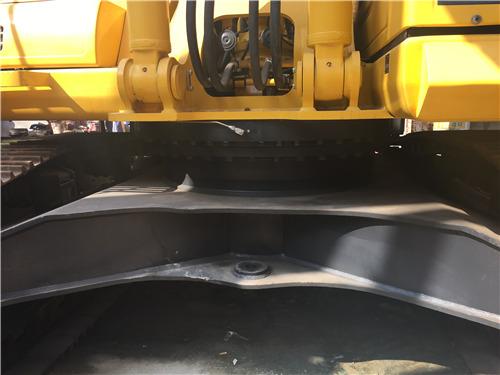 进口小松350挖掘机二手市场履带