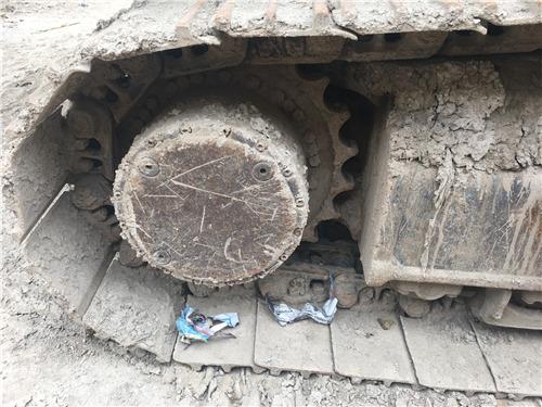 神钢260个人二手挖掘机买卖履带