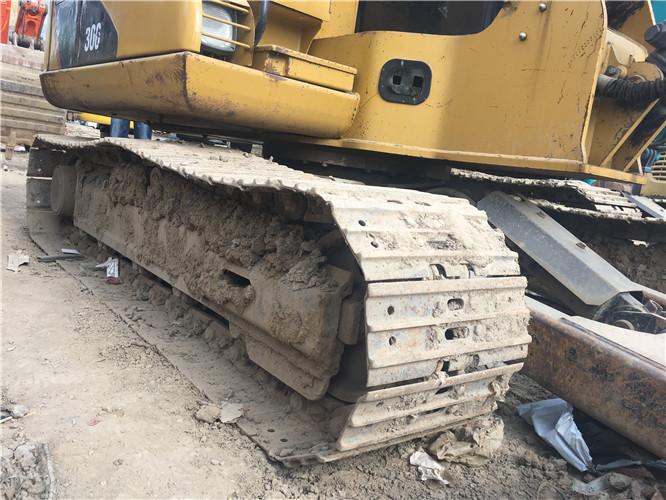 卡特306二手挖掘机个人出售履带